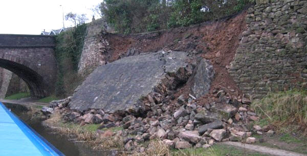 Macclesfield collapse, photo: Roger Olver