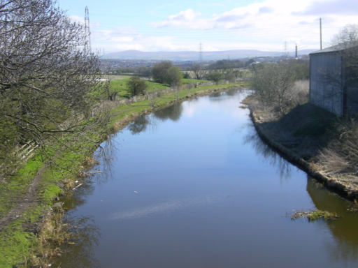 Leed and Liverpool Canal near Hapton